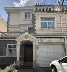 出售左岸风情三层257.80m²毛坯别墅
