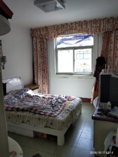 出售二院家属区3室2厅100m²简单装修