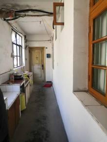 (城北)化肥厂家属区2室1厅1卫55m²简单装修