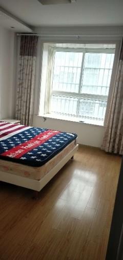 (城东)东方明珠3室2厅1卫112m²精装修