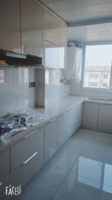 (城东)东方绿洲3室2厅1卫120m²豪华装修