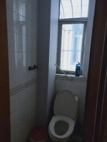 (城西)同心怡景苑3室2厅1卫102m²中档装修