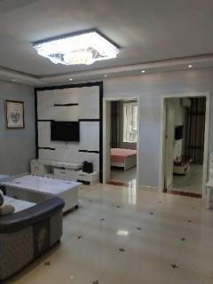 (城西)双龙兴村3室2厅1卫125m²精装修
