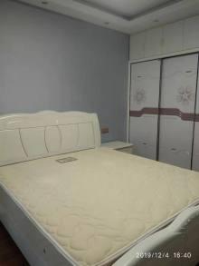 (城南)万成尚景2室2厅1卫90m²精装修