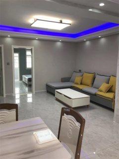 出售太阳城附近3室2厅1卫99m²豪华装修