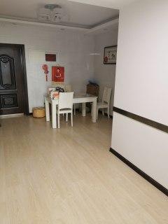 (城东)清华园3室1厅1卫102m²中档装修