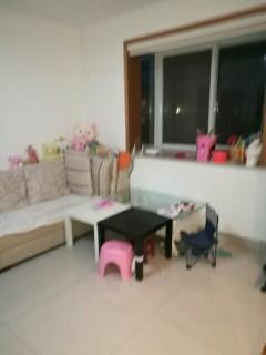 (城东)天然居3室2厅1卫100m²中档装修