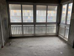 3室2厅1卫115.92m²毛坯房