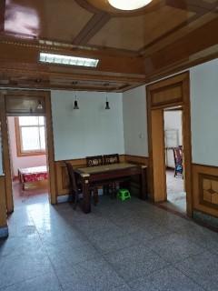 (城北)发鸿街3室2厅1卫98m²中档装修