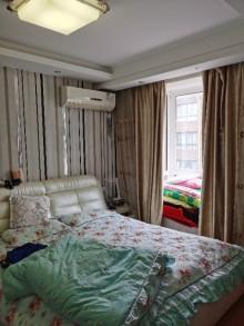 (城南)虹亚新城3室2厅1卫136m²中档装修
