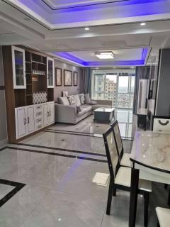 (城南)时代小区4室2厅2卫143m²豪华装修