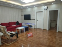 正华公寓3室2厅1卫125平主家精装修,2房朝阳,光线好