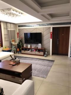 (城东)金色阳光4室2厅2卫191m²豪华装修