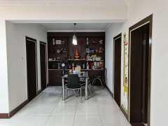 (城东)雅馨公寓2室2厅1卫100.2m²中档装修带自行车库