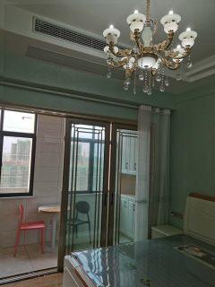 (城东)五洲广场1室1厅1卫56m²豪华装修