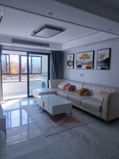 (城东)明湖书香苑3室2厅1卫130m²