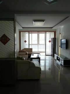 出租☞锦绣苑3室2厅1卫110m²中档装修
