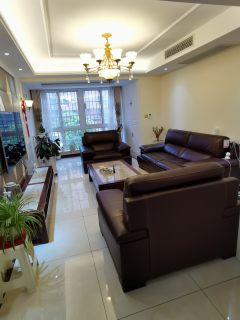 (城南)金茂嘉苑3室2厅1卫98.8万142m²出售