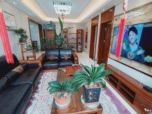 恒隆苑128平送车库房主豪华装潢40几万3室2厅1卫出售