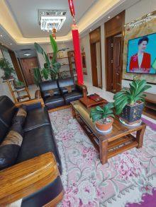 (城北)恒隆广场3室2厅1卫138.8万130m²出售