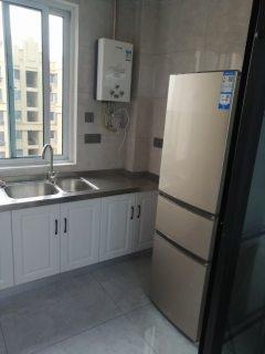 (城南)万成尚景14楼3室2厅1卫精装修出租