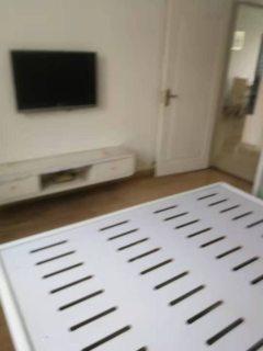 (城东)百盛花苑3室2厅1卫1800/月120m²出租