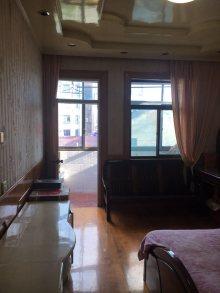 中医院附近四楼 三室套间 送车库